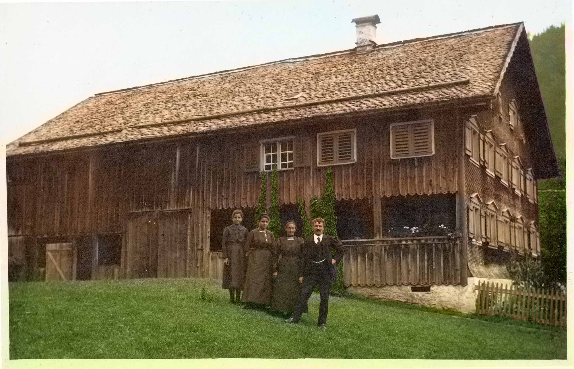 Roagat Hus in the 1920s